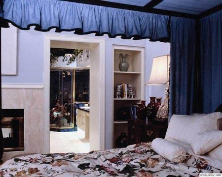 现代卧室装修效果图1